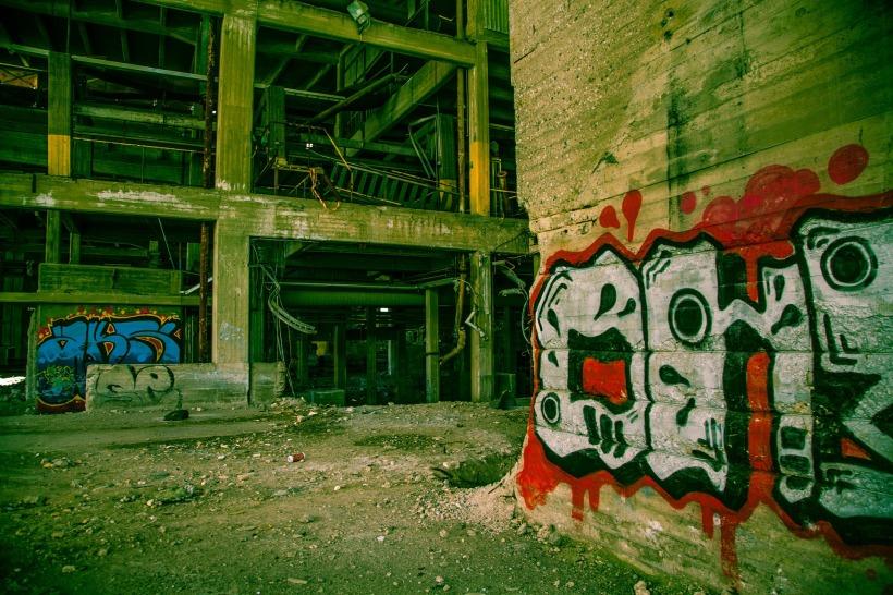 graffiti-1513206_1920
